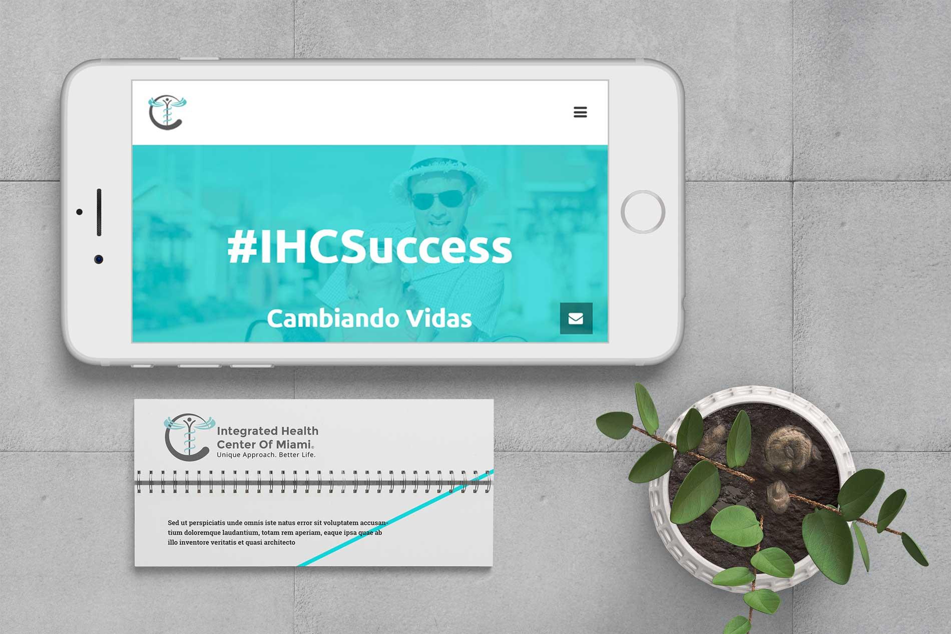 Mantenimiento de plataformas digitales como redes sociales y página web de IHC Miami
